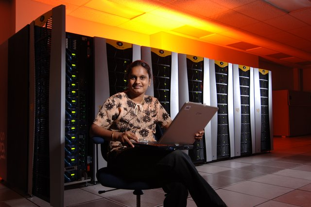 Pallavi Tadipalli recently earned her Ph.D. in Computer Science from UM. While in graduate school, she took a course in Parallel Programming, where she wrote MPI and OpenMP programs for the SGI Altix 3700 supercomputer.